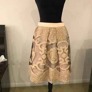 Dresses & Skirts - Gorgeous skirt size S